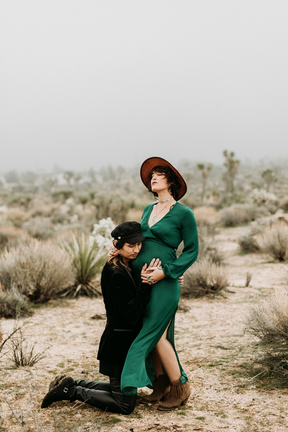 maternity photography joshua tree