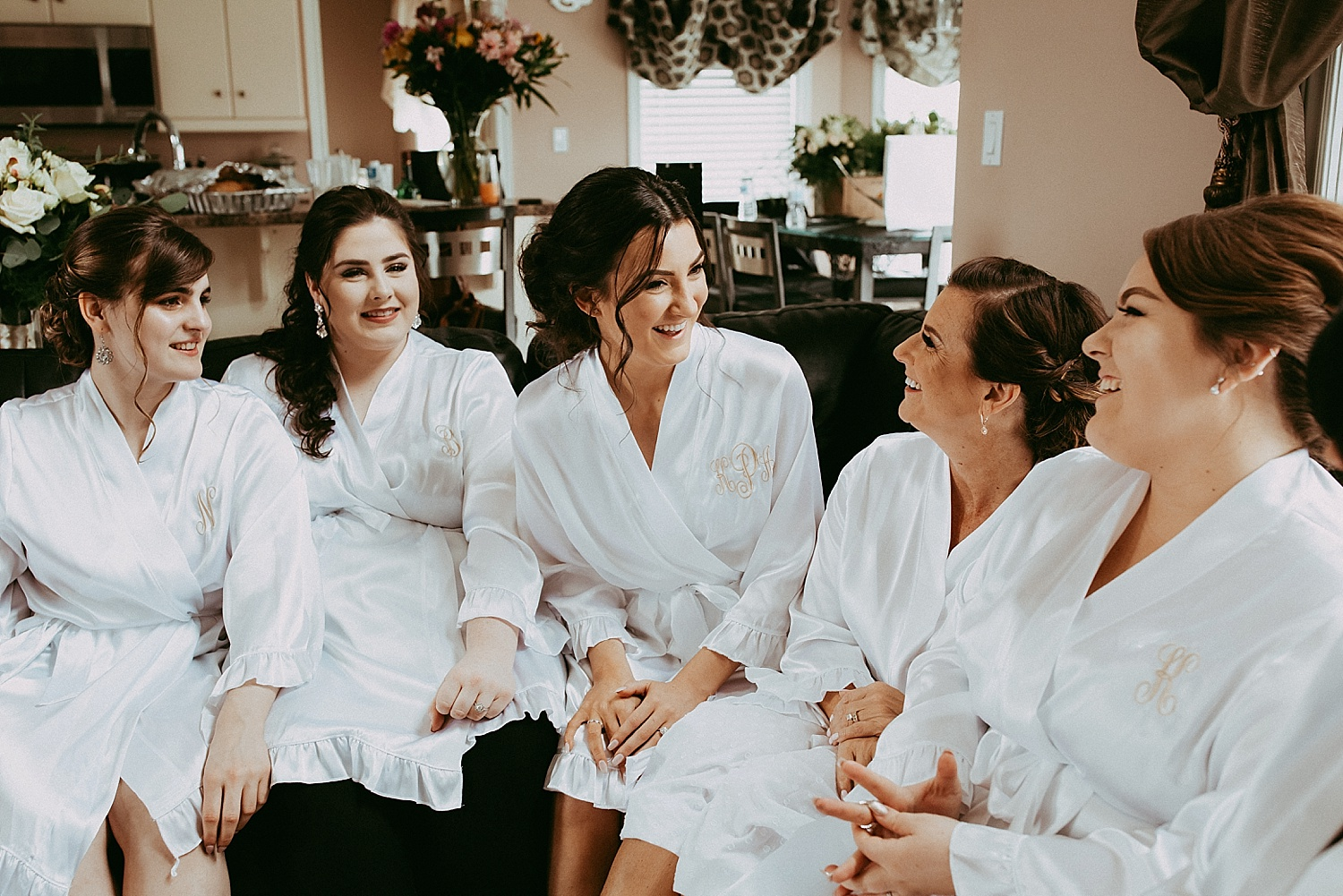 bridesmaids laughing wedding photography